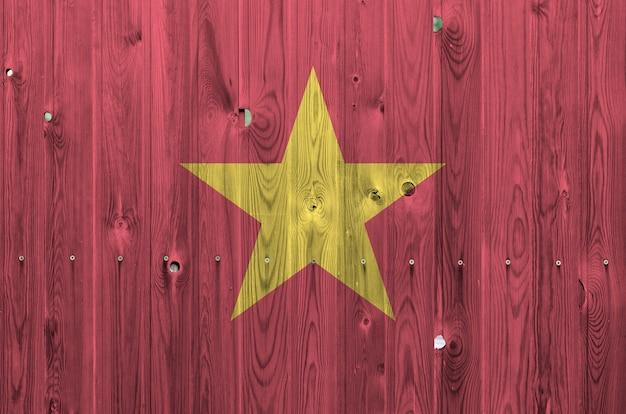 Vietnam vlag op oude houten muur