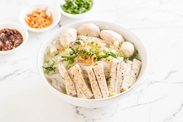 Vietnamese noedels