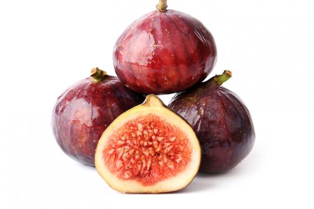 Vijgen geïsoleerd gesneden fruit