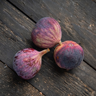 Vijgenfruit verse vijgen snack op tafel kopieer ruimte voedsel achtergrond dieet