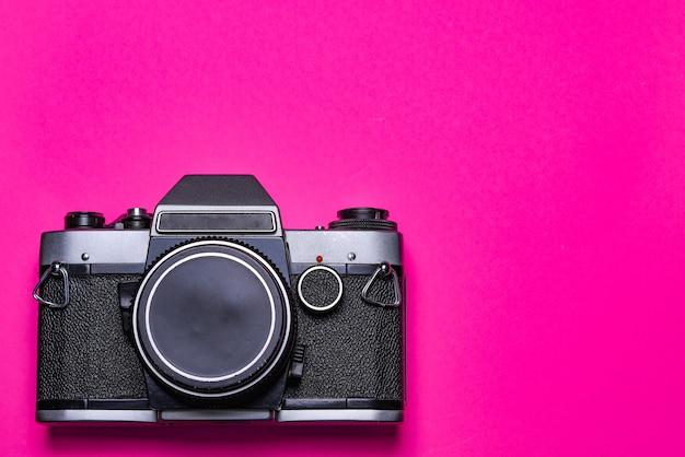 Vintage fotocamera geïsoleerd