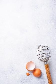 Vintage houten zwaaien en eierschalen