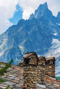 Vintage italiaanse alp architectuur