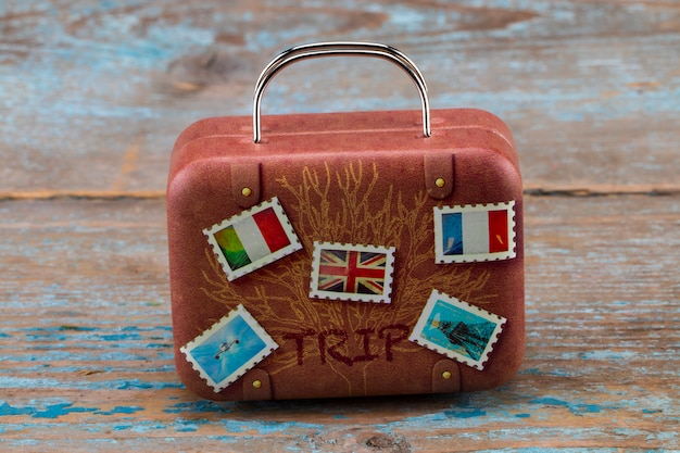 Vintage klassieke bruine leren koffer. reizen concept