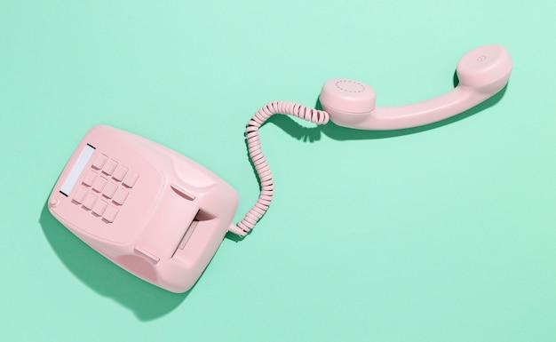 Vintage roze telefoon assortiment