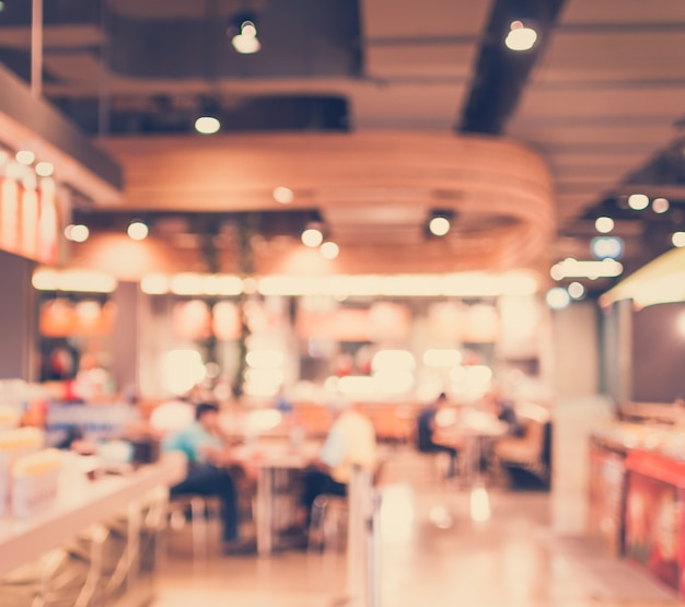 Vintage style - wazig luxe restaurant in winkelcentrum