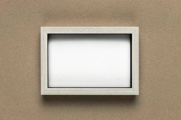 Vintage wit frame op plat lag