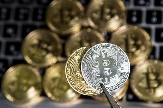 Virtueel geld goud en zilver bitcoin