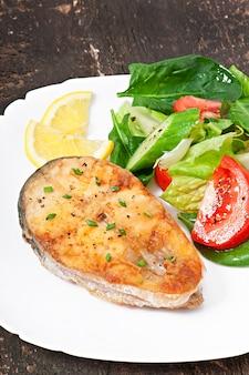 Visschotel - gebraden visfilet met groenten