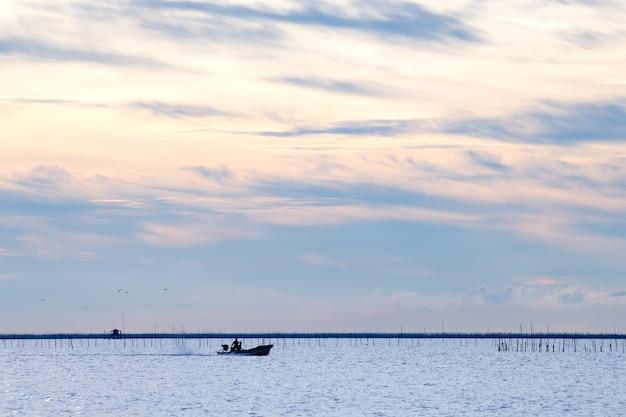 Vissershut aan de zee provincie chonburi