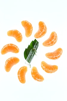Vitamine c in ampul. organische cosmetica concept