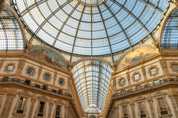Vittorio emanuele galleries in milaan, italië.