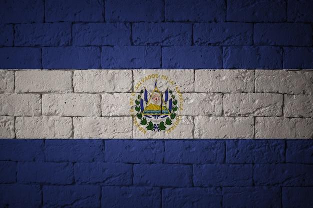 Vlag met originele verhoudingen. close-up van grungevlag van el salvador