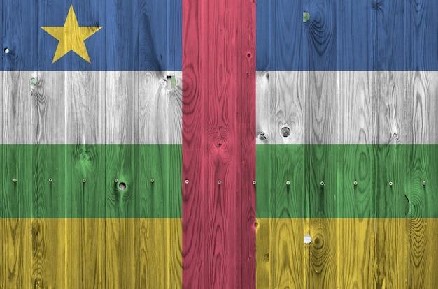 Vlag van de centraal-afrikaanse republiek op oude houten muur