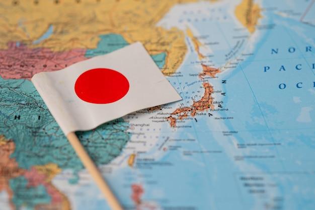 Vlag van japan op wereldkaart.