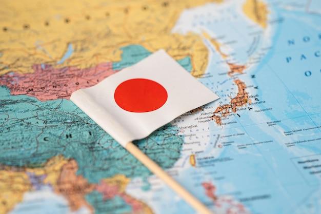Vlag van japan op wereldkaart