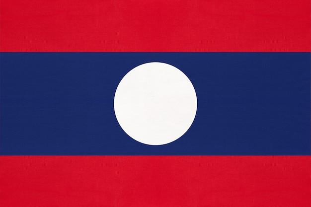Vlag van laos nationale stof, textiel achtergrond. symbool van aziatische wereld land.