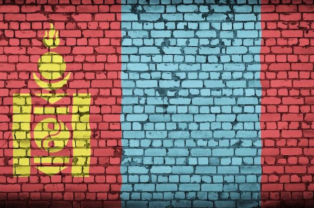 Vlag van mongolië is geschilderd op een oude bakstenen muur