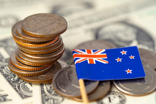 Vlag van nieuw-zeeland op munten en bankbiljetten
