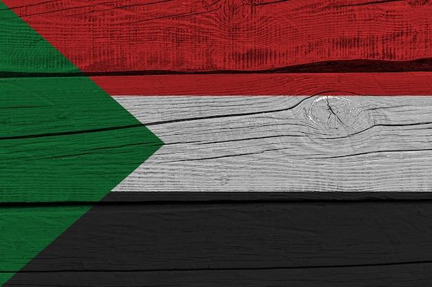 Vlag van soedan geschilderd op oude houten plank