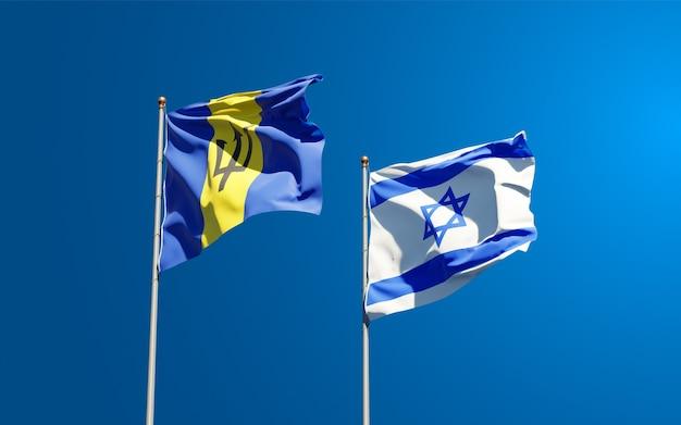 Vlaggen van israël en barbados samen op hemelachtergrond