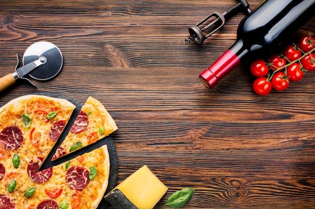 Vlak leg pizzasamenstelling met copyspace