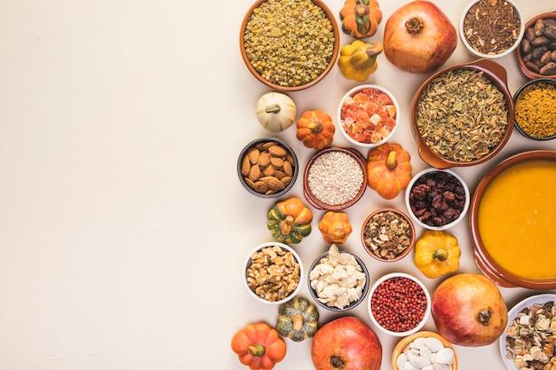Vlak leg voedselregeling met exemplaar-ruimte