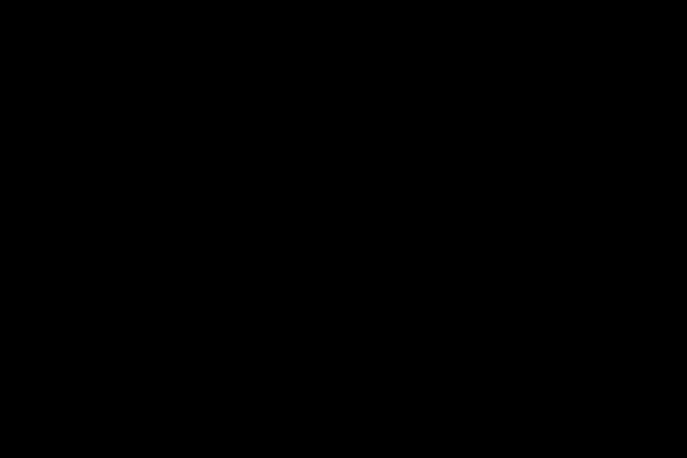 Vlakke sport lag roze schoenen en een fles water op blauwe achtergrond