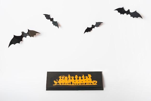 Vleermuizen over halloween-decoratie