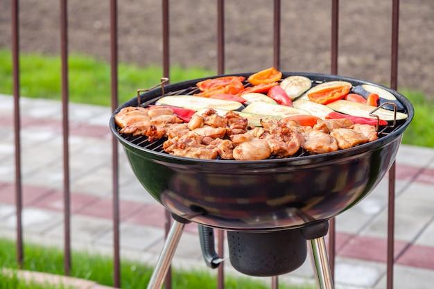 Vlees en groenten barbecue