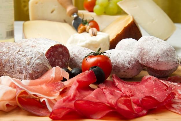 Vleeswaren en kaas