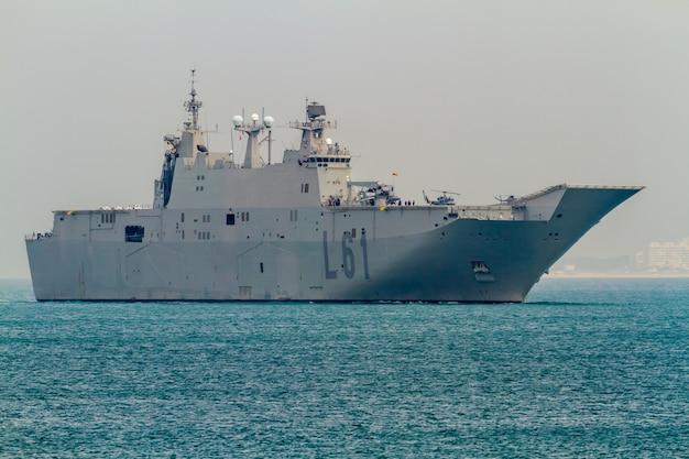 Vliegdekschip l-61 juan carlos i