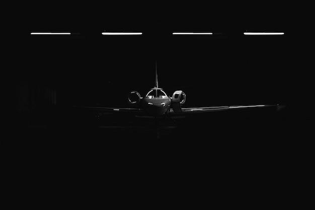 Vliegtuig in de bunker