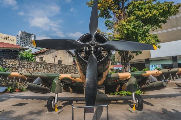 Vliegtuig in het ho chi minh city war museum, vietnam