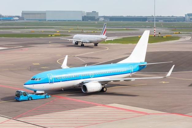 Vliegtuig klaar om op te stijgen