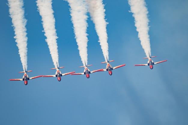 Vliegtuigen casa van de patrulla aguila