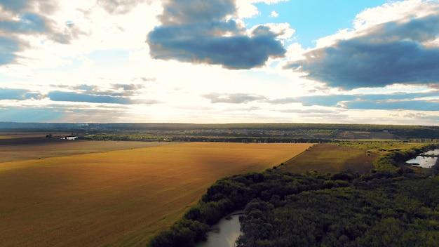 Vlucht in het prachtige landschap