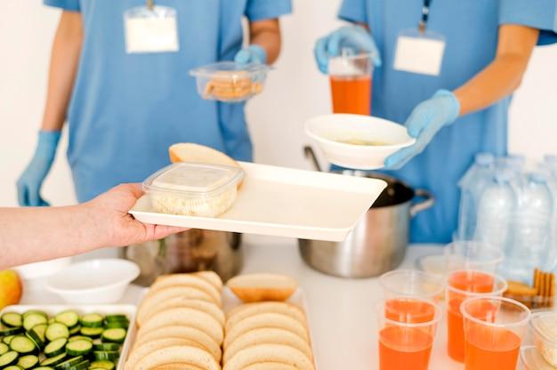 Voedsel wordt gedoneerd voor voedseldag