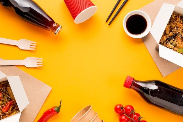 Voedselkader met chinese schotel