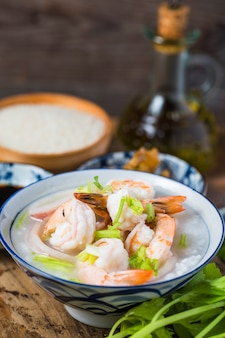 Voedzame en heerlijke zeevruchtenhavermoutpap