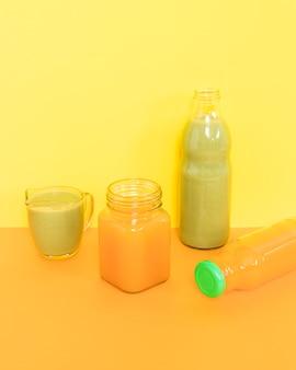 Voedzame sinaasappel- en kiwismoothie