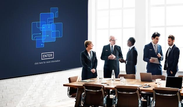 Voer internet computer privacy systeem bescherming concept in