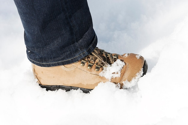 Voet in de sneeuw