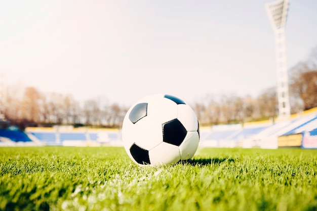 Voetbal op veld