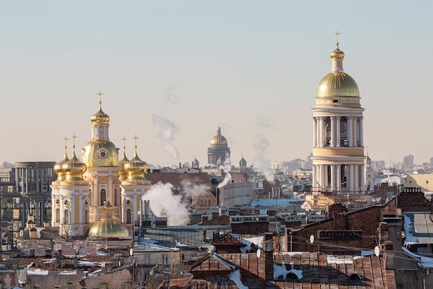 Vogel uitzicht op het centrum van sint-petersburg, rusland