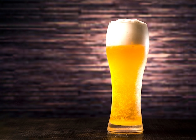 Vol bierglas