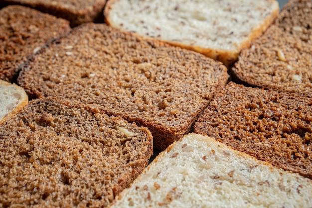Volkorenbrood met zichtbare gedetailleerde textuur