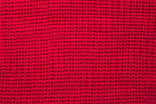 Volledig kaderschot van rood sweatshirt