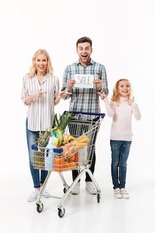 Volledig lengteportret van een verrast gezin