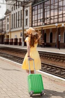 Volledig neergeschoten vrouw op treinstation